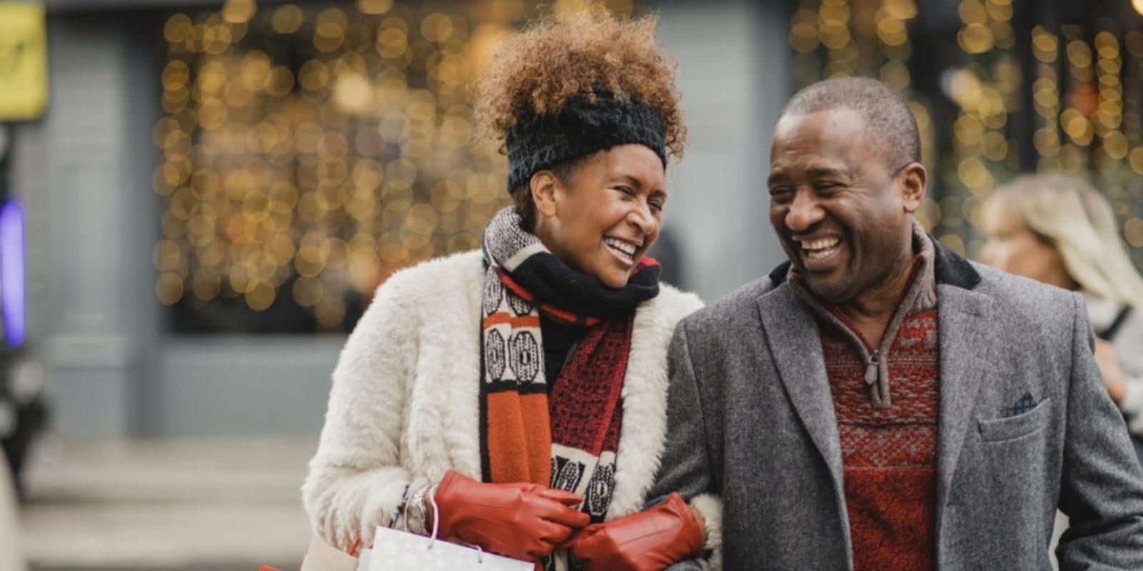 couple out shopping with no arthritis
